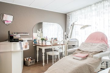 Edith's Beauty Corner