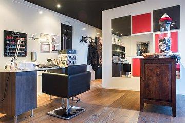 Hair & Nail Lounge
