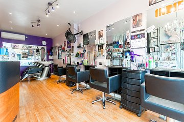 R & A Hair Design London