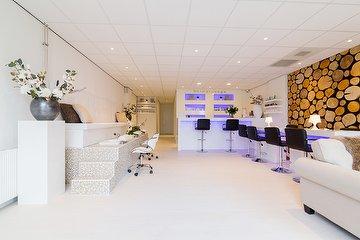 Dermalounge beauty center