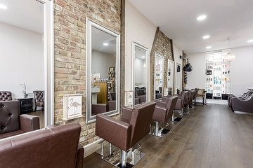 Crystalise Salon - Belsize Road