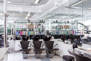 Salon M184 Friseur & Beauty