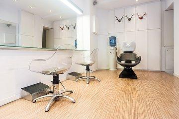 Dvel Hair Stylist, Sant Gervasi-Galvany, Barcelona