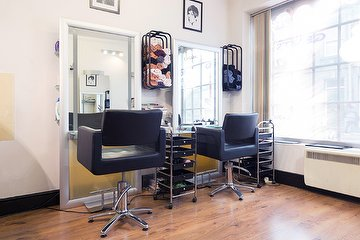 Lana Hair & Beauty Salon