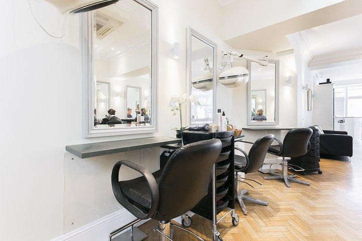 Creer hair styling hair salon in marylebone london for Nail salon marylebone