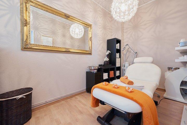 hautblick kosmetikstudio in uhlenhorst hamburg treatwell. Black Bedroom Furniture Sets. Home Design Ideas