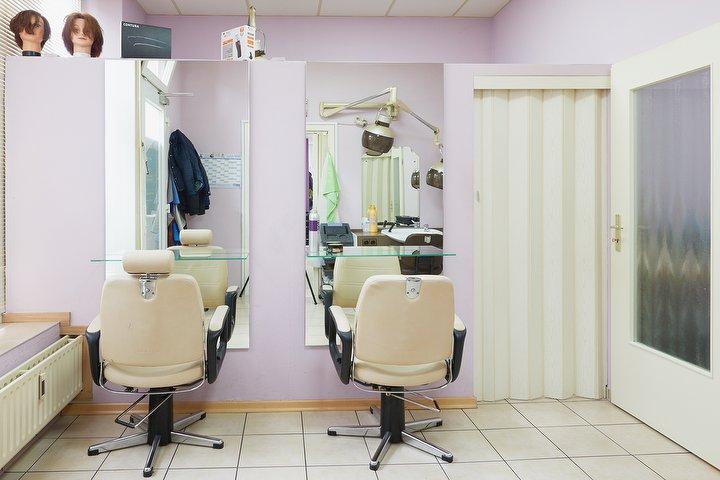Iva Friseur Friseur In Harburg Hamburg Treatwell