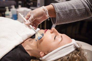 Ana Clara Barreto Beauty & Makeup