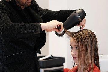 Diana Professional Hair Stylist