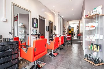 Free Style Hair & Beauty Salon