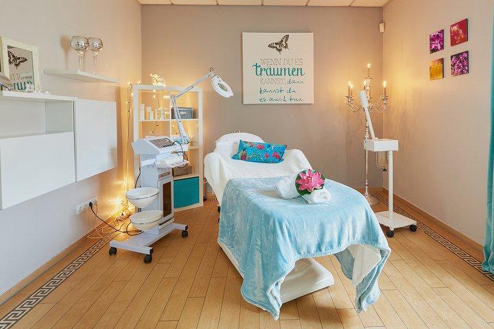 ylang ylang bei wundersch n kosmetikstudio in rahlstedt hamburg treatwell. Black Bedroom Furniture Sets. Home Design Ideas