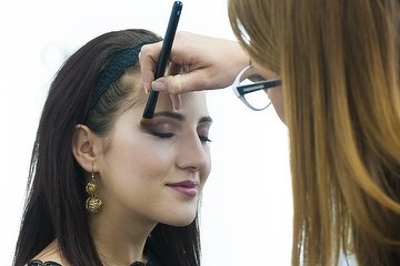 Lippy Make-Up Studio