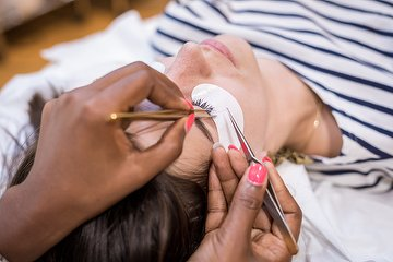 Skye Nails Spa & Beauty