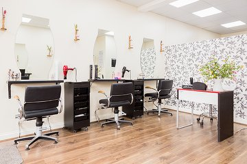 Eda's Hair & Beauty Salon