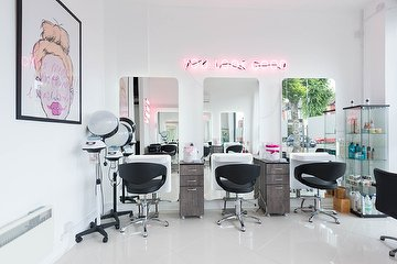 Lush London Salon