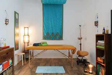 Ayurveda Massagen by Claudia Kunz