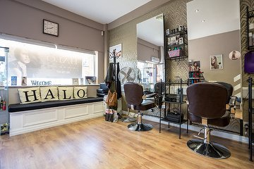 Halo Hair & Beauty Worsley