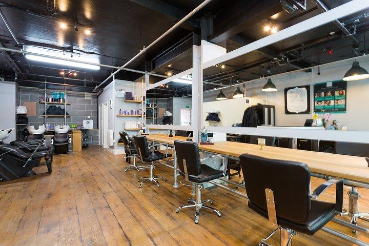 Linda Gar Hairdresser Hair Salon In Victoria Quarter Leeds Treatwell