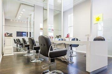 Vincenzo Mangiapane Lifestyle Hair - Schwanenmarkt