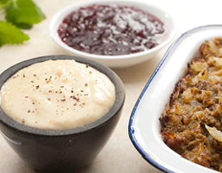 Your 'free from' Christmas dinner - bread sauce