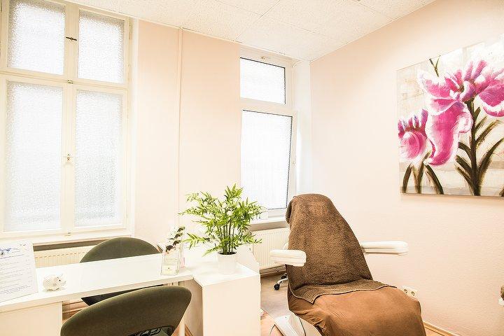 kosmetikstudio natural kosmetikstudio in prenzlauer berg berlin treatwell. Black Bedroom Furniture Sets. Home Design Ideas