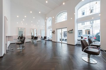 VYDEN SALON 1060