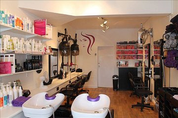 Tops Hair Studio