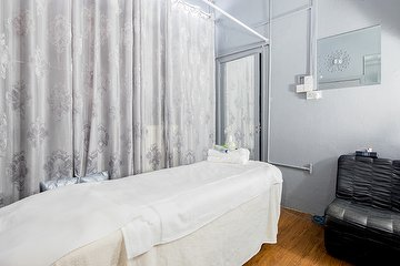 Aprils Thai Massage