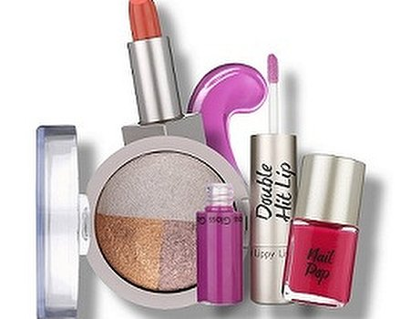 LOOK launches new makeup range at Superdrug stores