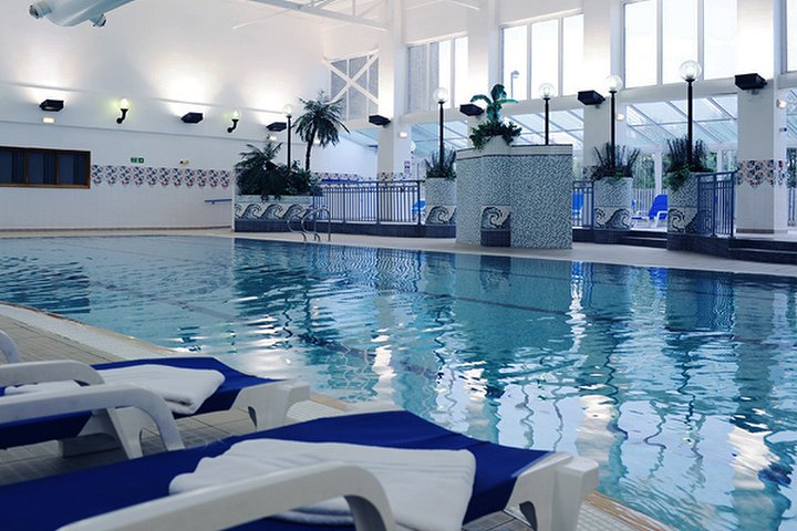 The village spa at village hotel newcastle hotel spa in for Voilage salon