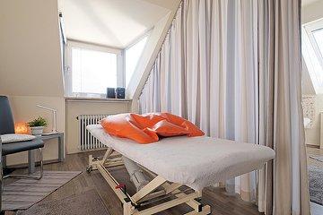 Peter J. Lärl Massage-Praxis, Hadern, München