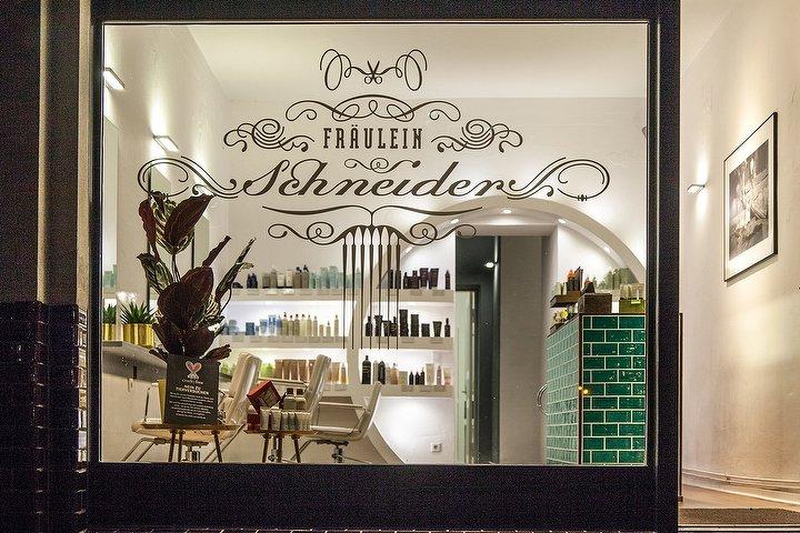fr ulein schneider friseur in prenzlauer berg berlin treatwell. Black Bedroom Furniture Sets. Home Design Ideas