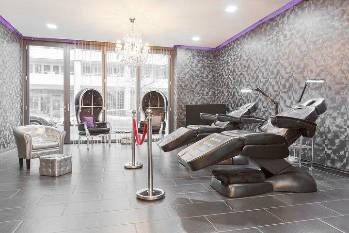 the dollhouse berlin kosmetikstudio in mitte berlin treatwell. Black Bedroom Furniture Sets. Home Design Ideas