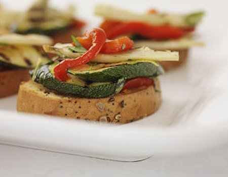 Roasted peppers, fennel and courgette bruschetta