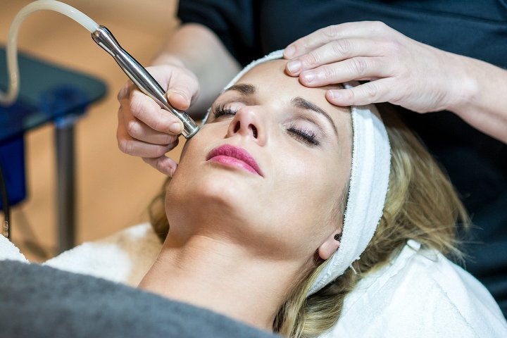 Retreat Clinic Beauty Salon In Staines Surrey Treatwell