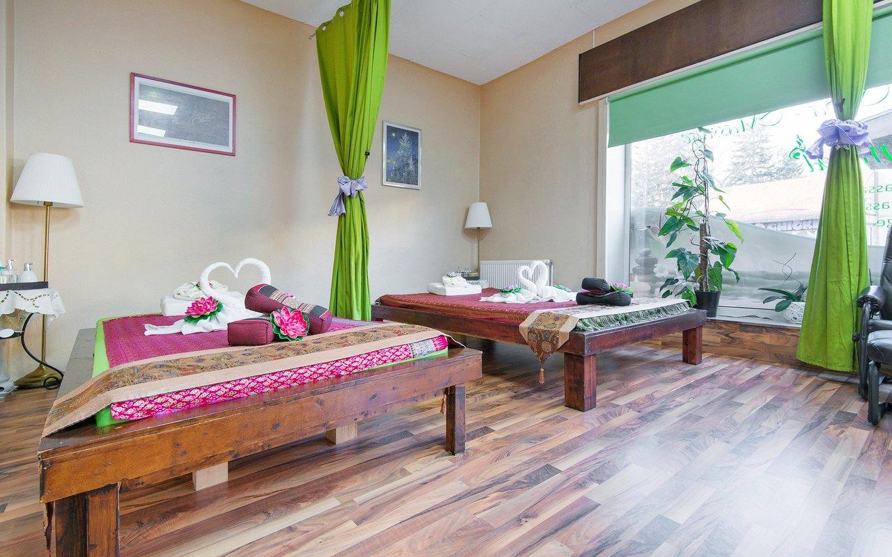 Eichborndamm thai massage Thai Massage
