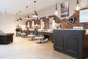 Barbershop Tiraschci