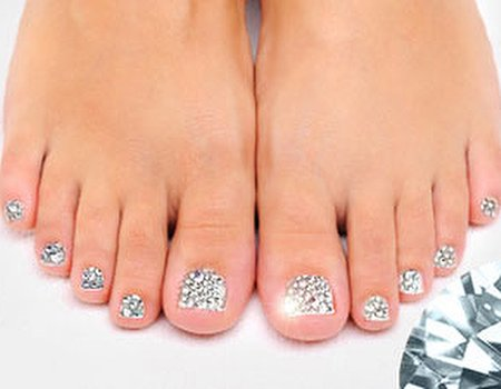 Get toes that twinkle at Savannah, Glasgow