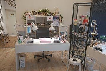 Veronika Nails Studio, Eixample, Provincia de Barcelona