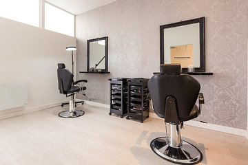 A Star Beauty Salon Manchester
