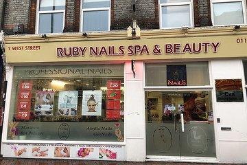 Ruby Nails Spa & Beauty