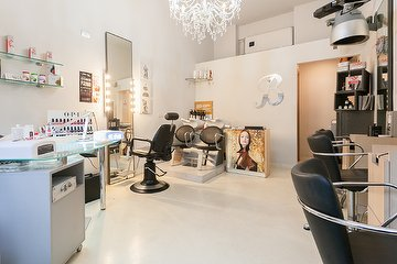 Stile Moda Nail Lab & Hair