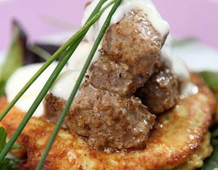 Lamb tikka with curried cauliflower pancakes