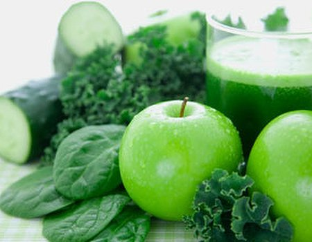 Spring supergreen smoothie