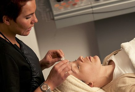 Anti Ageing Booster with Oxygenator at V Spa Hair & Beauty