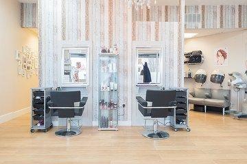 Salon L Sixty Five