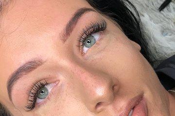 Dana's Anderson Beauty Specialist