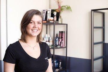 Esmee Sawyer Hairstudio