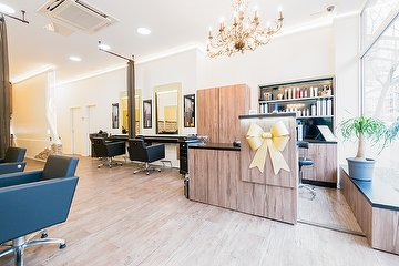 Living Hair Lounge
