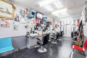 Halim's Unisex Hair Salon - Willesden
